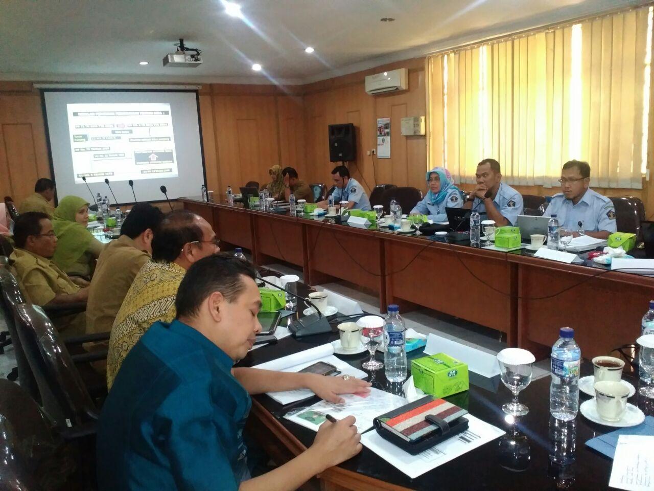 Presentasi Draft Laporan Penelitian Tentang Sistem Pemerintahan Desa dalam Perspektif Undang-Undang Nomor 6 Tahun 2014 di Sumatera Utara