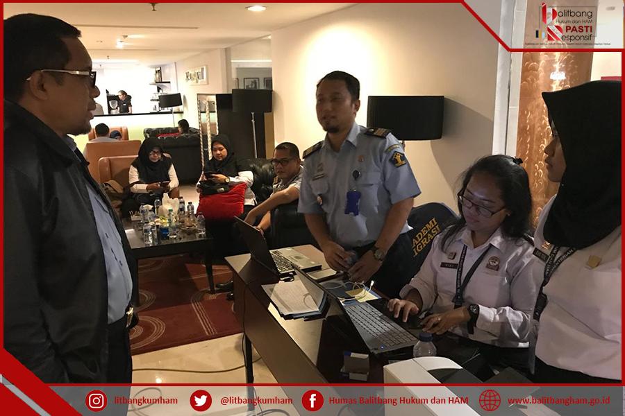 Kunjungan Kepala Balitbang ke Posko Desk Evaluasi WBK/WBBM.