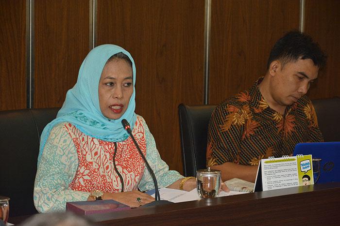 PRESENTASI DESAIN PENELITIAN PERLINDUNGAN HUKUM TERHADAP HAK ATAS TANAH ADAT DI INDONESIA